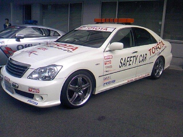 富士スピードウエーのオフィシャルカー
